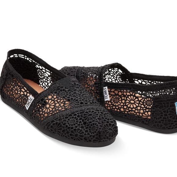 Black Moroccan Crochet Classic Slip